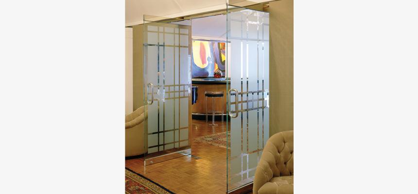 etched-glass-decorative-logo-films